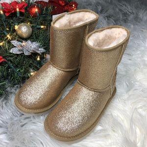Ugg short ll boots